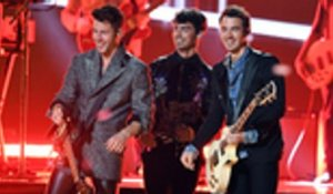 Jonas Brothers Perform Mashup of Hiatus Hits and A Comeback Single at 2019 BBMAs | Billboard News
