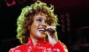 Whitney Houston : de quoi est morte la star de Bodyguard ?