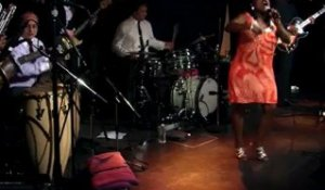 Sharon Jones - 9/13 - Mean man en live sur RTL