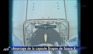 Espace: la capsule Dragon amarrée à la Station spatiale internationale
