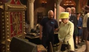 "La reine Elizabeth II dans les studios de ""Game of Thrones"""