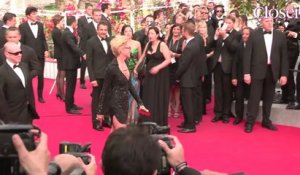 La Minute Fashion de Cannes : Bérénice Bejo chic pour la montée des marches de The Search