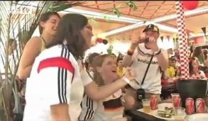 Football / Les supporters allemands exultent sur le but de Hummels - 04/07