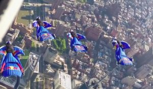 Free fall et vole en Wingsuit au dessus de New York - team Red Bull Air Force