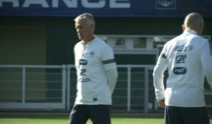 FOOT - BLEUS : Deschamps assume