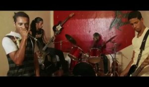 Bande-annonce : Death Metal Angola - VO
