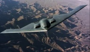B-2 Stealth Bomber en vol