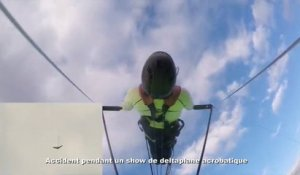 Accident pendant un show de deltaplane acrobatique