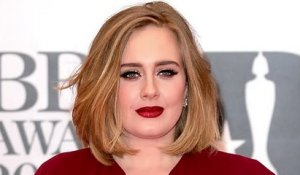 Adele refuse de chanter au Super Bowl