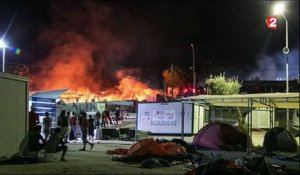 Grèce : un camp de migrants incendié à Lesbos