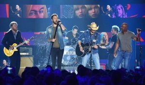 Country Artists Gather to Perform Gregg Allman Tribute at CMT Music Awards 2017 | Billboard News