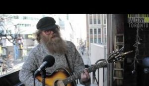 BEN CAPLAN - BIRDS WITH BROKEN WINGS (BalconyTV)