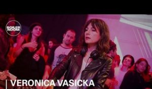 Veronica Vasicka Techno Mix | Boiler Room BUDx Santiago