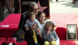 Jeff Goldblum's kids don't have iPads