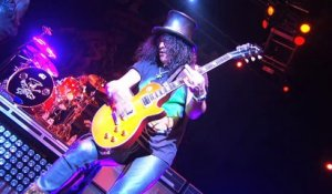 Slash video demo of the OFFICIAL Slash App - AmpliTube Slash for iPhone, iPod touch, iPad, Mac_PC (720p)