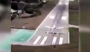 Un avion rate son atterrissage et fini dans le sable