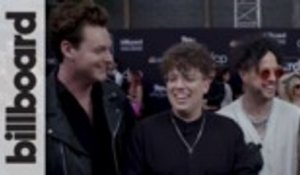 "lovelytheband Talk ""I'm Afraid"" Music Video and Red Carpet Poses 