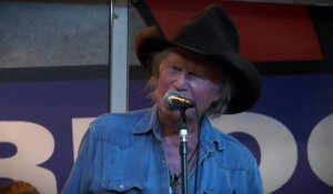 "Billy Joe Shaver ""Music City USA"" & ""I'm In Love"" live at Waterloo Records in Austin, TX"