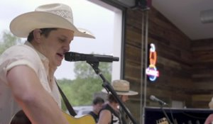 Jon Pardi - The Bottle Let Me Down