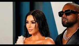 ✅  Kim Kardashian demande le divorce de Kanye West