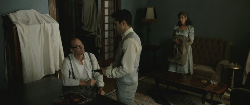 The Chosen : Photo Alfonso Herrera, Elvira Minguez, Julian Sands