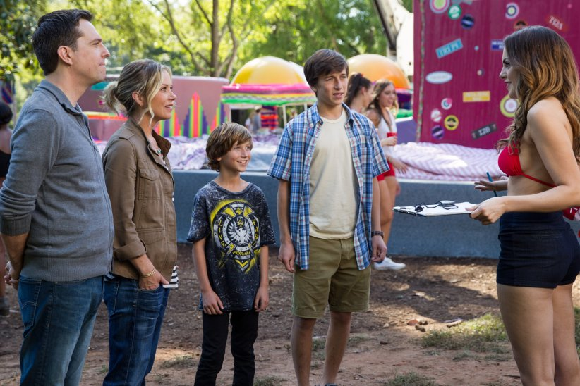 Vive les vacances : Photo Christina Applegate, Ed Helms, Skyler Gisondo, Steele Stebbins