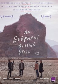Affiche de An Elephant Sitting Still