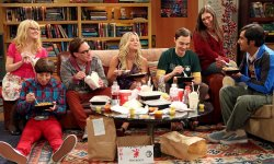 "The Big Bang Theory : Kaley Cuoco veut une réunion ""comme le casting de Friends"""