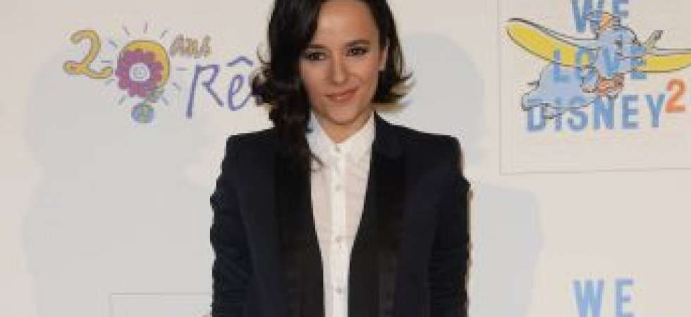 Alizée et son look masculin