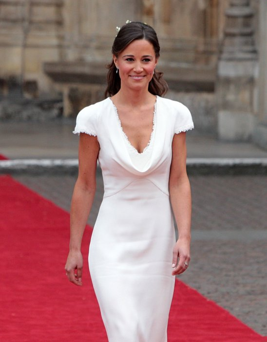Pippa Middleton devant l'abbaye de Westminster lors du mariage du prince William et de Kate Middleton à Londres, le 29 avril 2011.