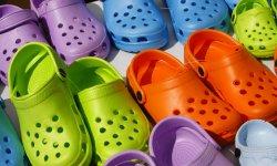 premium selection 4769a 77bf9 Limprobable engouement pour les Crocs à talons
