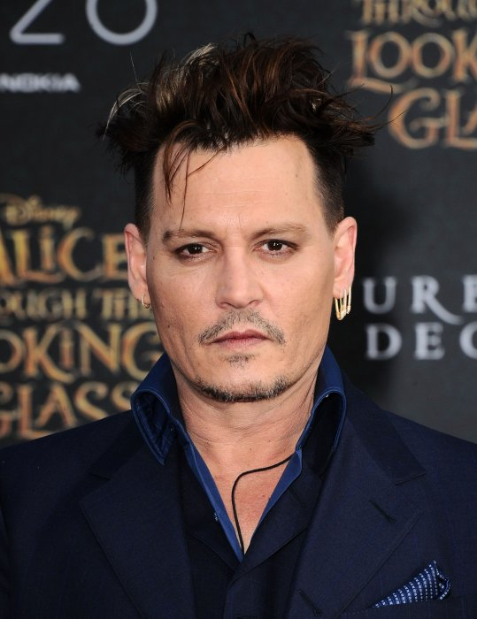Johnny Depp : payé par la scientologie