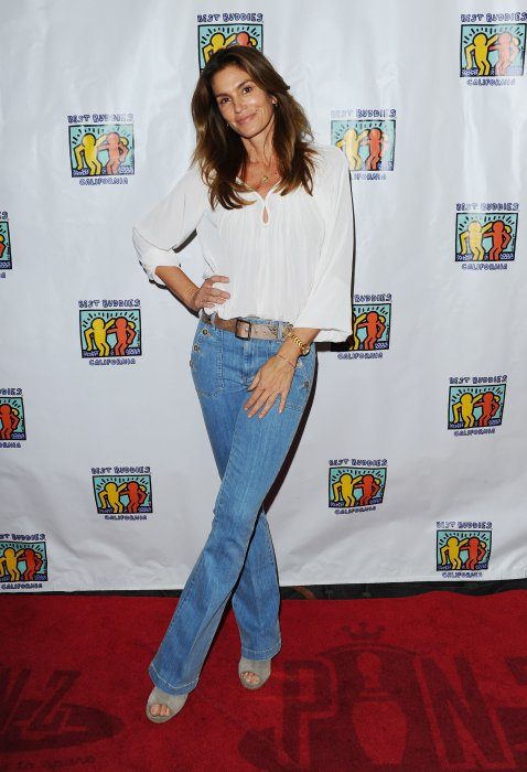 Cindy Crawford, à Los Angeles, le 13 décembre 2015 lors du Bowling For Buddies.