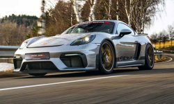 Porsche 718 Cayman GT4 MR par Manthey Racing