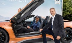 Golf : il gagne une BMW i8 Roadster