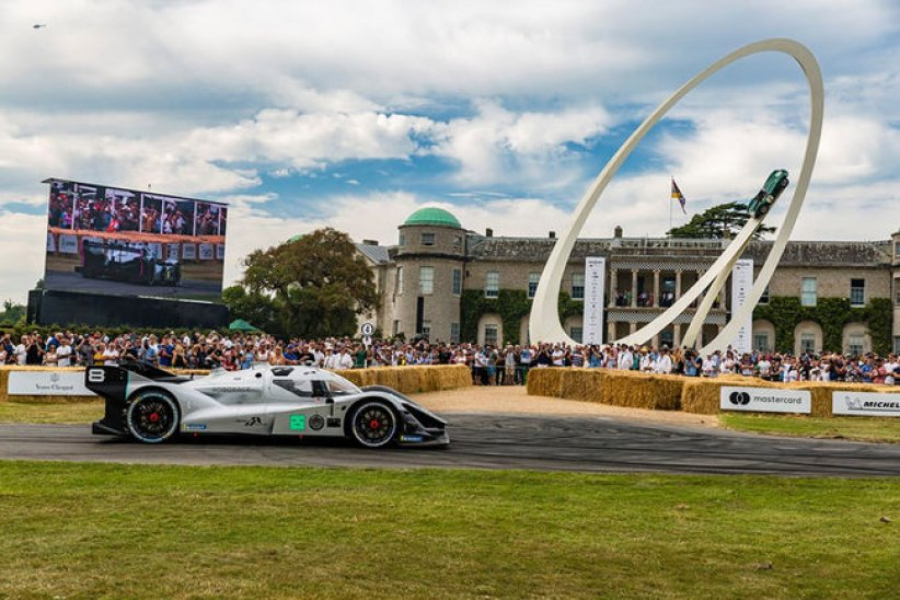 Le DevBot 2.0 en action à Goodwood