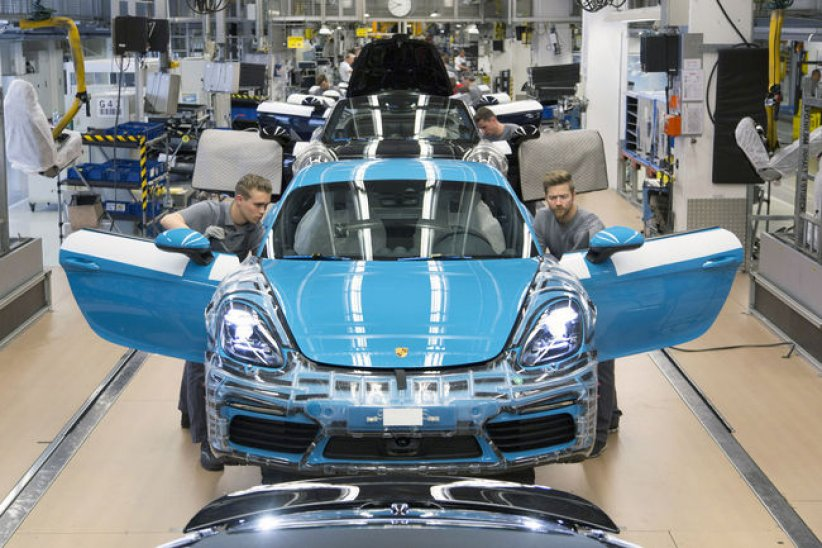 Le Porsche 718 Cayman en production