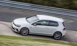 La VW Golf GTI remonte sur le Ring