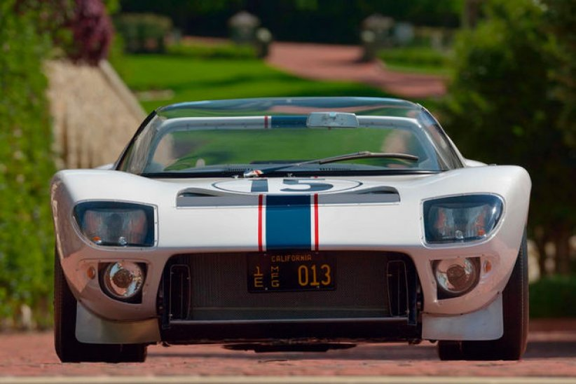 Mecum : Ford GT Prototype Roadster