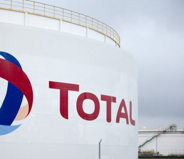 Total : prolonge son rebond