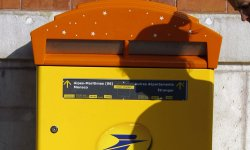 Reconfinement : La Poste recrute 9.000 CDD !