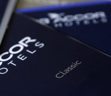 Accor grimpe, analystes en renfort