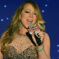 Mariah Carey chante Johnny