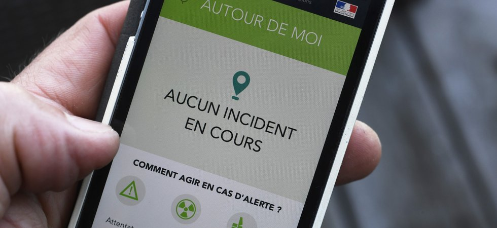 "Attentat de Nice : l'application ""alerte attentat"" critiquée pour sa lenteur"