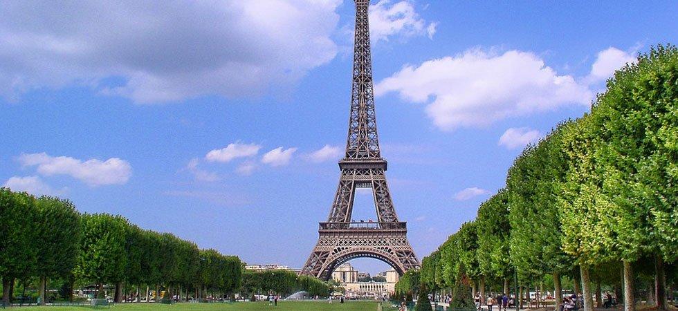 La tour eiffel emmur e cet automne sur orange actualit s for A l interieur de la tour eiffel
