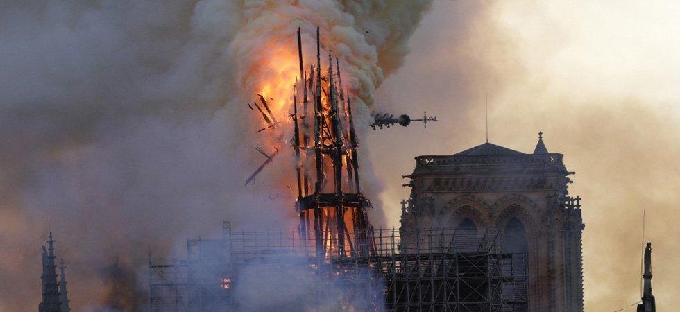 Incendie de Notre-Dame : le coq de la flèche a été retrouvé dans les décombres