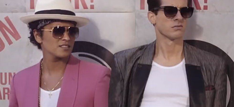 Mark Ronson : son album avec Stevie Wonder et Bruno Mars en écoute