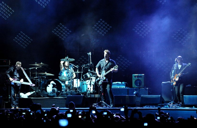 Them Crooked Vultures : un supergroupe de grande envergure