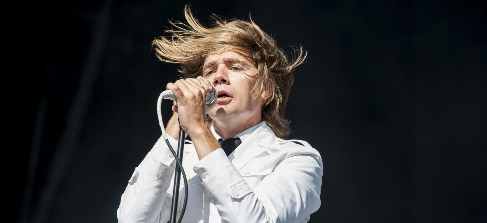 Le chanteur de The Hives se propose de remplacer Brian Johnson d'AC/DC