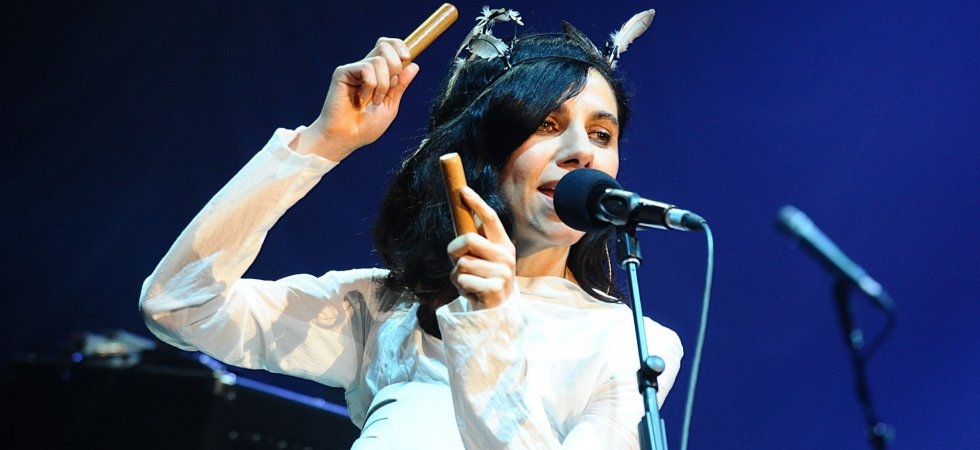 "PJ Harvey dévoile son nouveau single, ""The Wheel"""